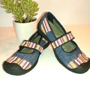 Keen Mary Jane Style Denim Rainbow Size 7.5 Shoes